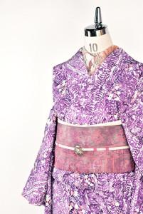 紫美しい水彩花野原幻想的な化繊袷着物