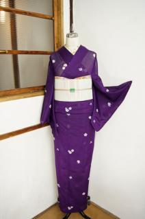 ☆新商品UP♪☆紫の夏着物やレトロ浴衣沢山(*^^*)
