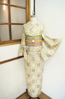 ☆新商品UP☆大きな四角メルヘン紬やモダンウロコ模様着物とかです♪