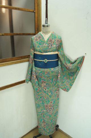 ☆新商品UP♪☆美しいアラベスク着物や黒地付け下げセットンなど☆