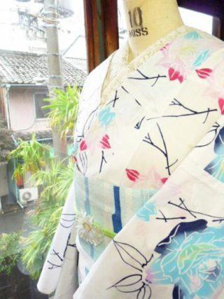 ☆オンラインショップ新商品UPしました☆人気ロマンチック薔薇浴衣など♪