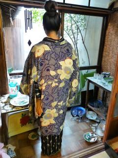 羽織りシーズン到来!お気に入りの椿の羽織り(^^)